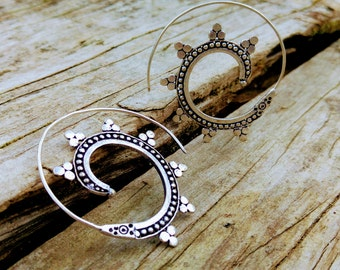 Spiral earrings. Tribal descent. Ethnic style hoop. Ethnic style earring. Tribal Hoop Earrings. Silver plated Earrings.