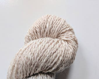 """Naturally Dyed Handspun Wool Yarn: """"Sage Pink"""""""