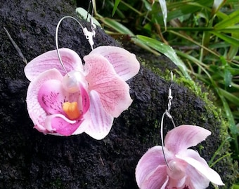 Pink silk orchid flower earrings-flower earrings-floral earrings-orchid flower earrings-hawaiian earrings-hawaiian jewelry-beach wedding
