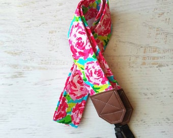 Floral camera strap, rose print, DSLR camera strap, pink strap, womens camera strap, photgraphy accessories, photographer gift