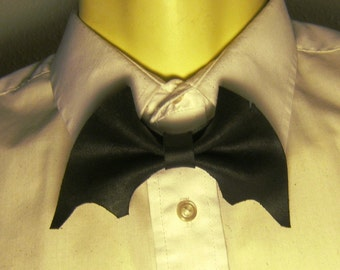 Vampire Bat Bow Tie All Leather