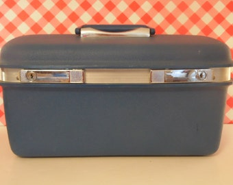 Vintage Blue Samsonite Train Case - Hard Body - 1970s Luggage