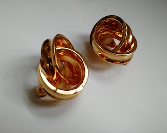 Sale! Vintage Gold Knot Clip-On Earrings
