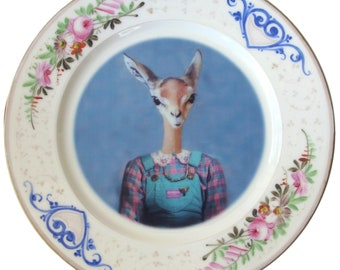 "Meredith the Gazelle Portrait Plate 9.15"""