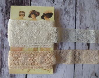 Vintage soft cobwebby lace ivory and beige 3 cms wide