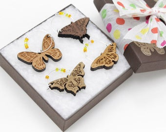 Butterfly Wine Charms - Set of 4 - Made in USA at Timbergreen Woods. Nice Gift Idea in Solid Woods from Wisconsin. Butterflies!