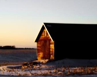 Photo / Print / Montana / Barn / Snow / Photography / Farm
