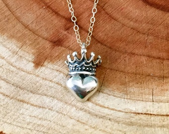 Sterling Silver Irish Claddagh Crown Heart Necklace
