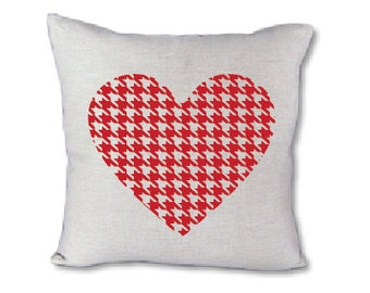 Houndstooth heart pillow cover