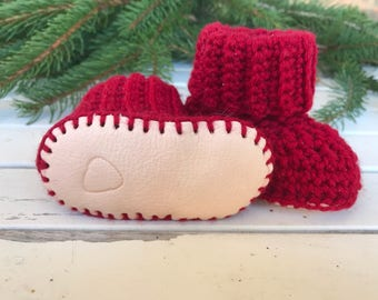 Baby booties, crib shoes, baby shoes, baby shower gift, crochet baby shoes, crochet baby booties, wool baby shoes, size 3-6 months