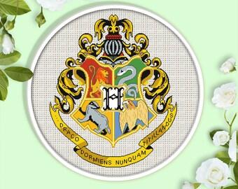 Hogwarts Crest Cross Stitch Pattern.  Potter cross stitch pattern. Magic Modern Cross Stitch Pattern.