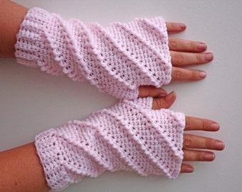 PATTERN - Crochet Whipped Fingerless Gloves - Free International Shipping