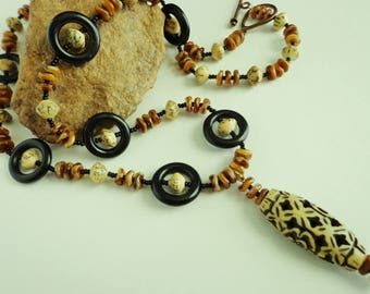 Antiqued Carved Bone Pendant Necklace, Black Horn Rings, Betel Nut Beads Necklace, Natural Materials, Boho Necklace, Jewelry Gifts for Her