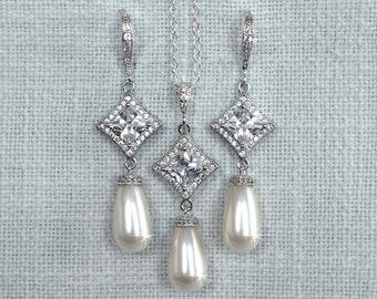 Handmade Princess Cut Cubic Zirconia CZ and Swarovski Pearl Dangle Bridal Earrings & Necklace Set, Bridal, Wedding (Pearl-882)