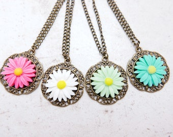 But 3 get 1 free, Daisy Necklace, Flower Necklace, sunflower Necklace, Daisy Jewelry,