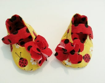 Ladybug Girl Shoes, Mary Jane shoes, Yellow Red Black Polka Dot Slippers, Soft Sole Baby Shoes, Infant Gift, Shower Gift
