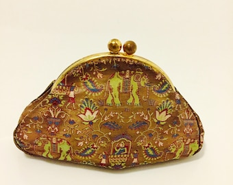 Vintage Evening Bag / Gold Brocade Clutch Bag.