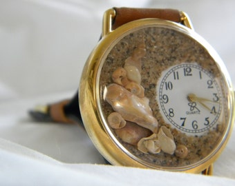 Great Brown Shell Watch