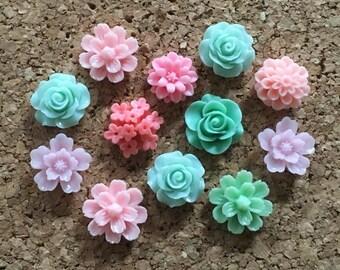 Flower Thumbtacks or Magnets Set of 12 - (#177) dorm decor, hostess gift, weddings, bridal shower, baby shower, gift, teacher gift