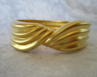 Bracelet/Vintage bold wide gold clamp bangle bracelet swirl design 80's retro
