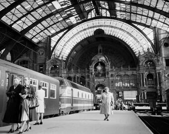 "Black & White Photographic Print - 16 x 20"" Antwerp Train Station Photo Print - Moody Train Station Photo - jgrantbrittain - 1980s Train Art"