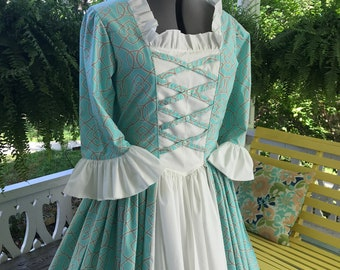 Women's  Ships Today - Colonial, Williamsburg, Gown, Dress & Mob Cap