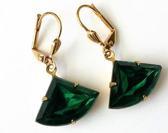 Emerald Rhinestone Earrings Vintage Drop Earrings Emerald and Gold Earrings Art Deco Earrings Emerald Earrings Vintage Inspired Earrings