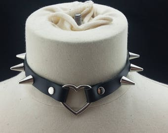 Choker Genuine Leather - Choker Collar Black Leather Choker with Silver Heart Ring and Cone Spikes