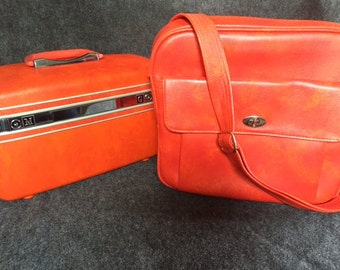 Vintage orange Samsonite travel case and bag luggage