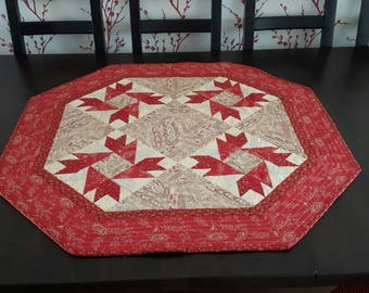 Table topper