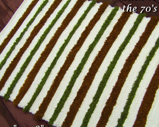 Handwoven Rug --- Back to the 70's --- 32x48