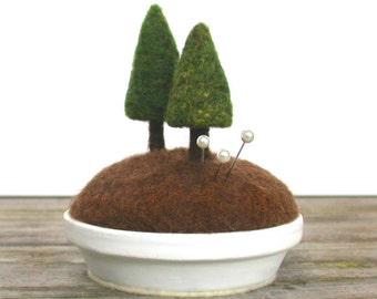 Pincushion Pin Cushion Evergreen Trees, Tree Pincushion, Woodland Trees, Sewing Gift Crafty Mom Gift, Pine Trees, Nature Scene Made to Order