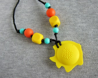 Yellow fish pendant silicone necklace for baby wearing, teething and nursing, stress release necklace, purple necklace, sensory