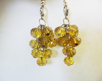 Adornment necklace and earrings mustard yellow grapes