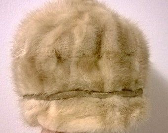 Lovely and Stylish Vintage Light Blonde Mink Fur Cap