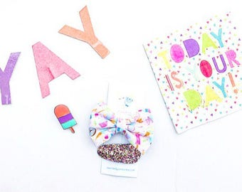 Ice Cream- Cotton Candy- Donuts- Candy-Cupcakes- 90s Style Dessert Bow Set
