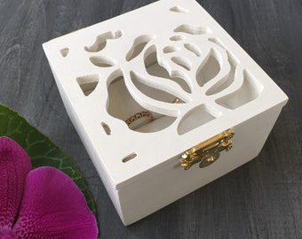 Wedding ring boxes for ceremony Double ring box Ring box wood Flower ring box Keepsake box Ring bearer pillow Pattern box Engagement box
