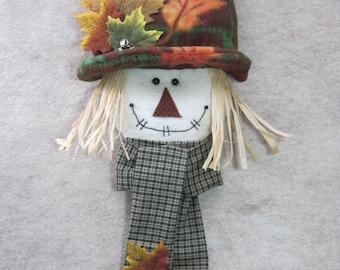 """Fall scarecrow pattern:  """"Scarecrow Knobbie"""" #624"""