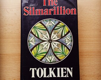 The Silmarillion, Tolkien ( 1977 edition UK, George Allen & Unwin, Billing and sons print)