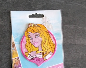 Shield to stick to iron or sew Disney Princess