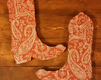 Cowboy Boots Wall Decoration, Boot Wall Hanger, Western Boot Decoration, Bandana Boot, Bandana Decor