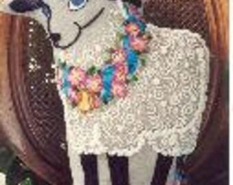 Demure Ewe crewel embroidery kit (Carolyn Barrani)