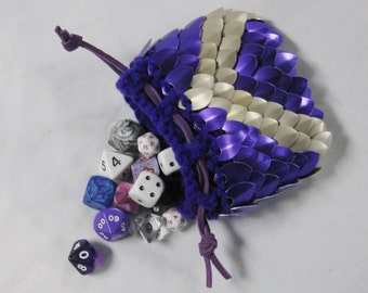 Scalemail Dice Bag in knitted Dragonhide Armor by Crystal's Idyll