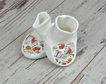 HO HO HO Baby Christmas Socks, Christmas  Socks, Newborn Booties, Socks For Christmas, Organic Cotton Baby Socks, Soft Sole Baby Socks