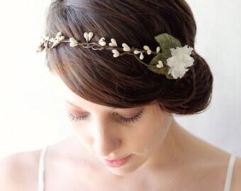 Rustic bridal head piece, Wedding hair accessory, Woodland wedding crown, Rustic bridal headpiece, Pip berry crown, Brown ivory headband