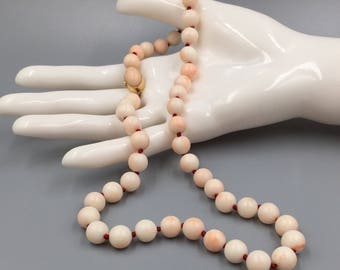 18K Angel Skin Coral Bead Necklace - Vintage 1960s 9mm x 9.5mm Pink Coral Beads Hand Knotted 18K Clasp 35th Anniversary Gift