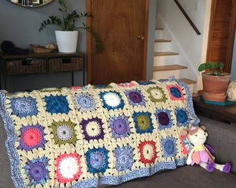 Circle in a Square Afghan