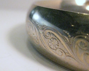 Vintage Goldtone hinged bracelet with floral etching