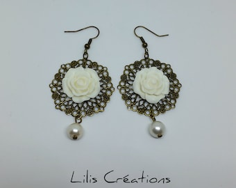 Vintage - white and bronze Flower Earrings