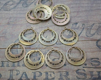 Vintage Brass Circle Chandelier Earring Finding (4) A3X177-Patina